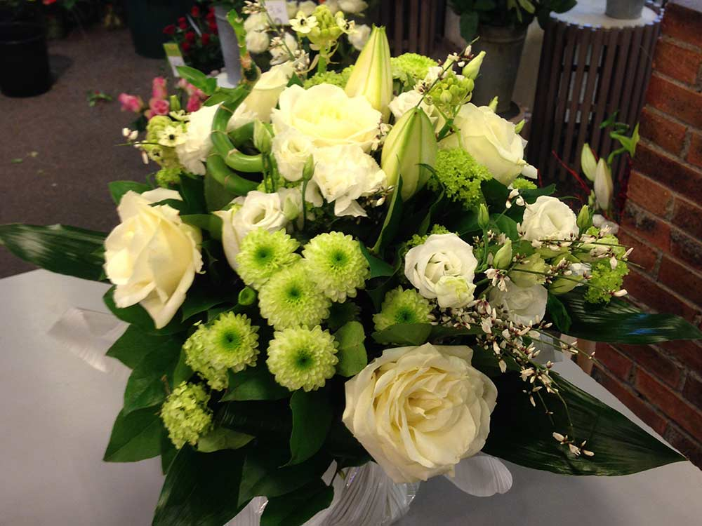 Compositions florales pour mariage annecy pr s de poisy for Bouquet de fleurs 30 euros